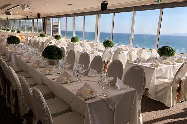 Δεξίωση γάμου στο Coral Hotel