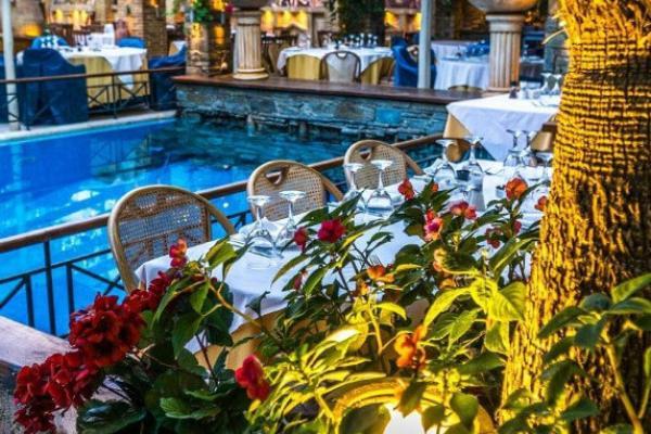 Δεξίωση Γάμου Πέτρινο Restaurant Γλυφάδα