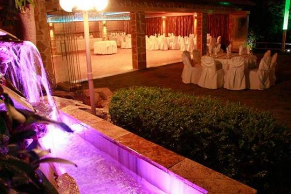 Δεξίωση Γάμου Βαρυμπόμπη